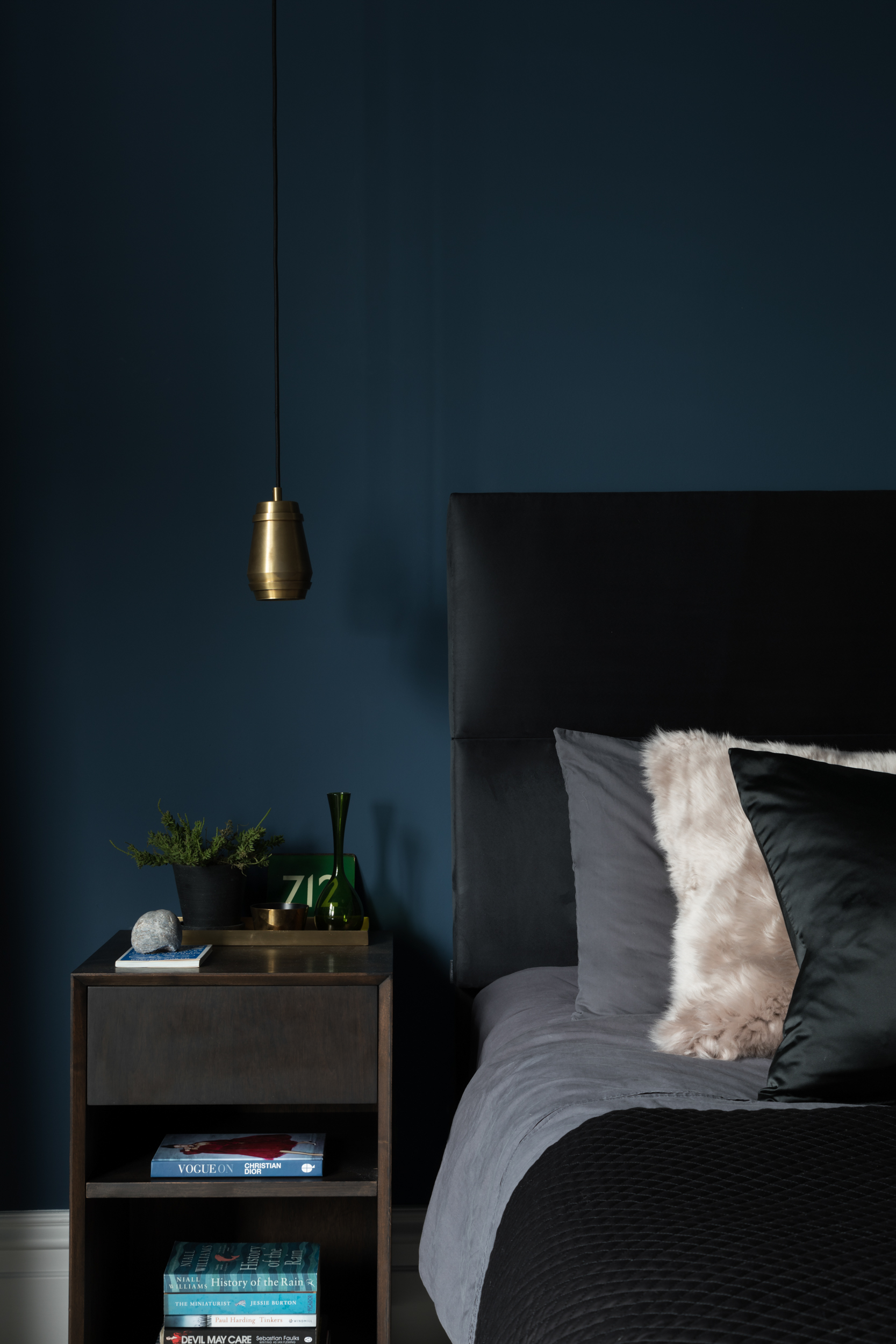 Paul Craig, Interior Photographer, Residential Photography, London, Bedroom, Bed and Sidetable