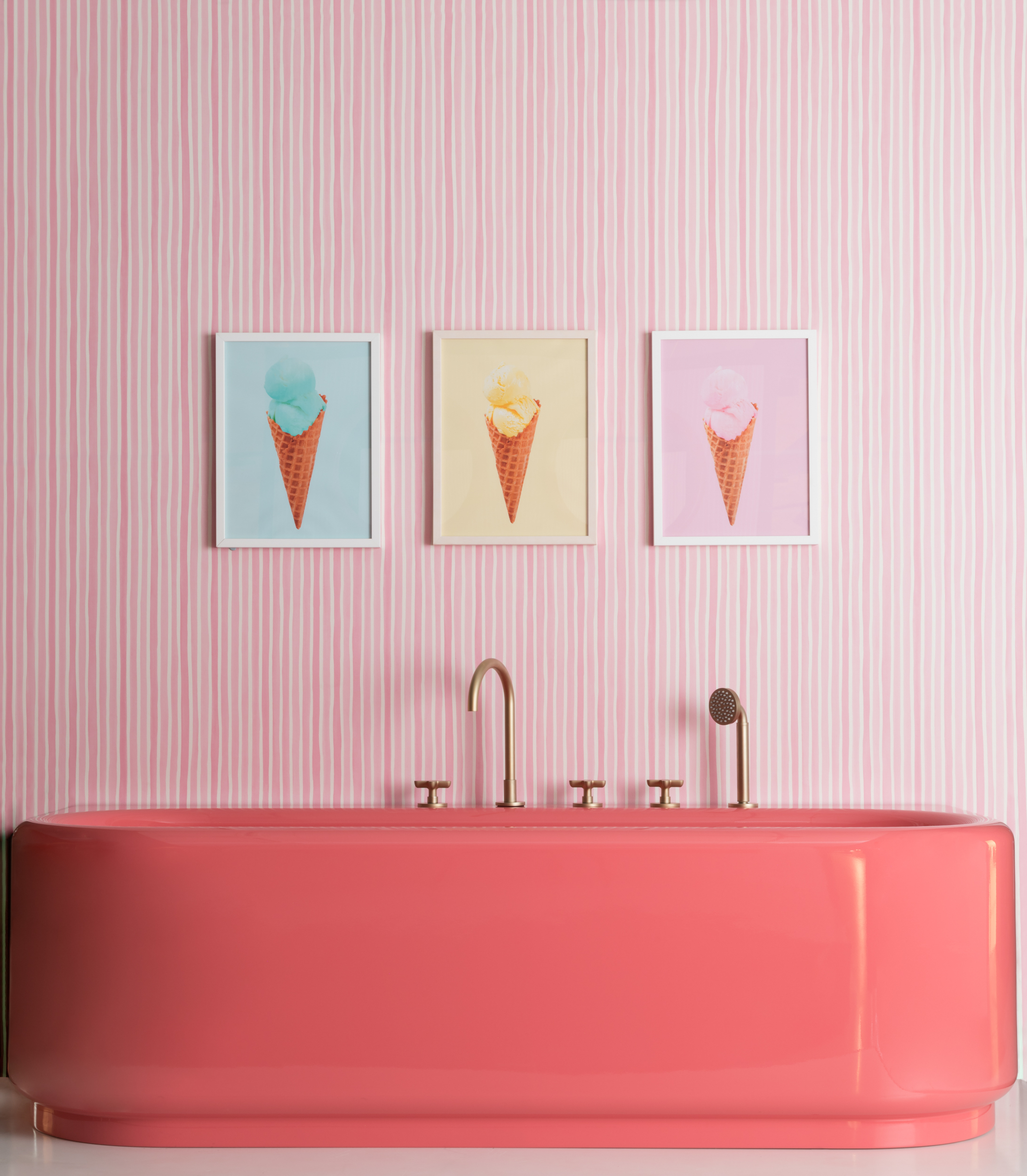 Paul Craig, Interior Photographer, Residential Photography, London, Bathroom, bath