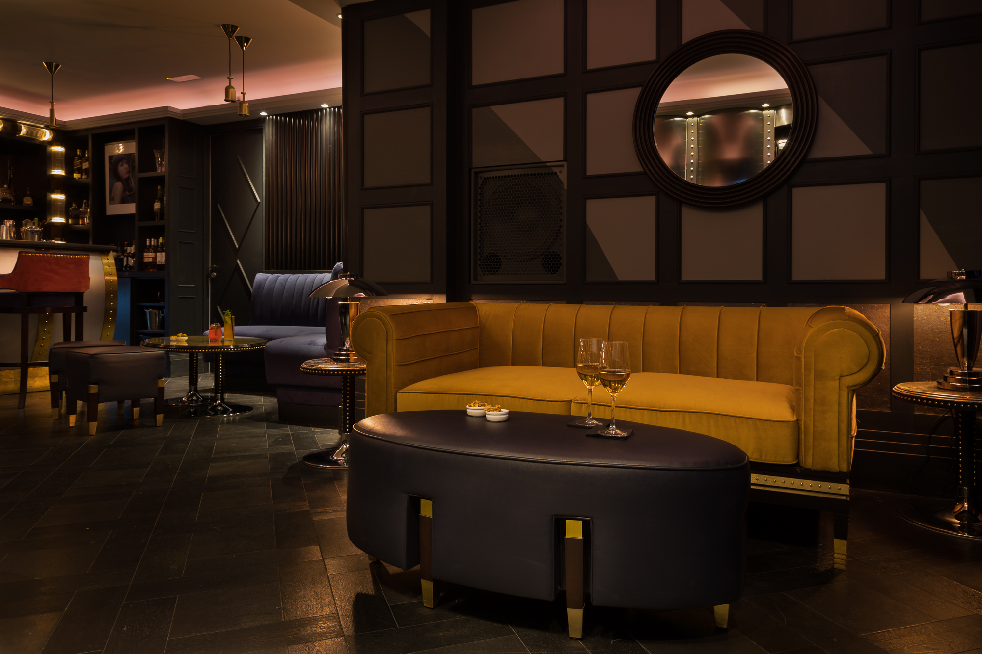Paul Craig, Interior Photographer, Hotel Photography, Commercial Property Bar lounge wine