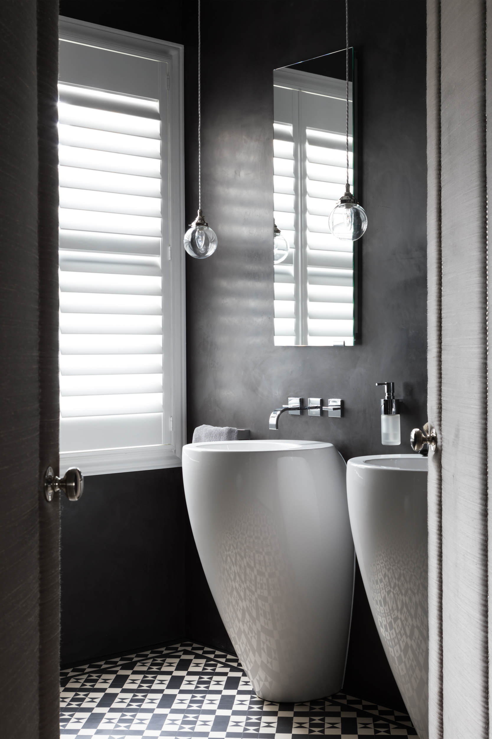Paul Craig, Interior Photographer, Bathroom Photography, London, residential, bath