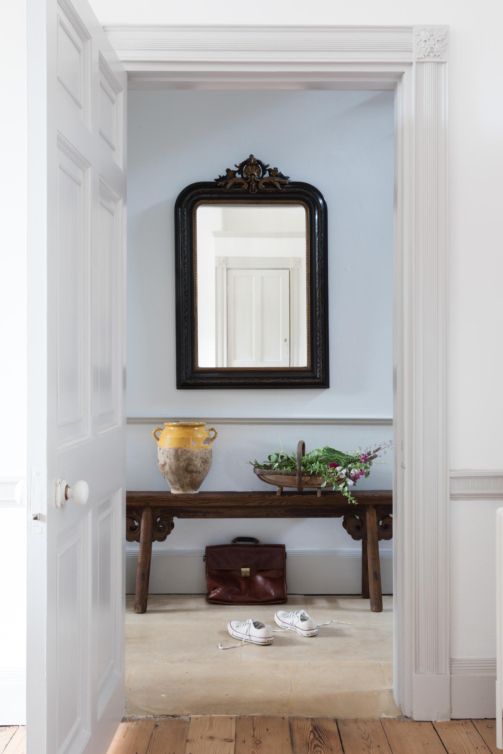 Paul Craig, Interior Photographer, Residential Photography, London, Living Room, hallway