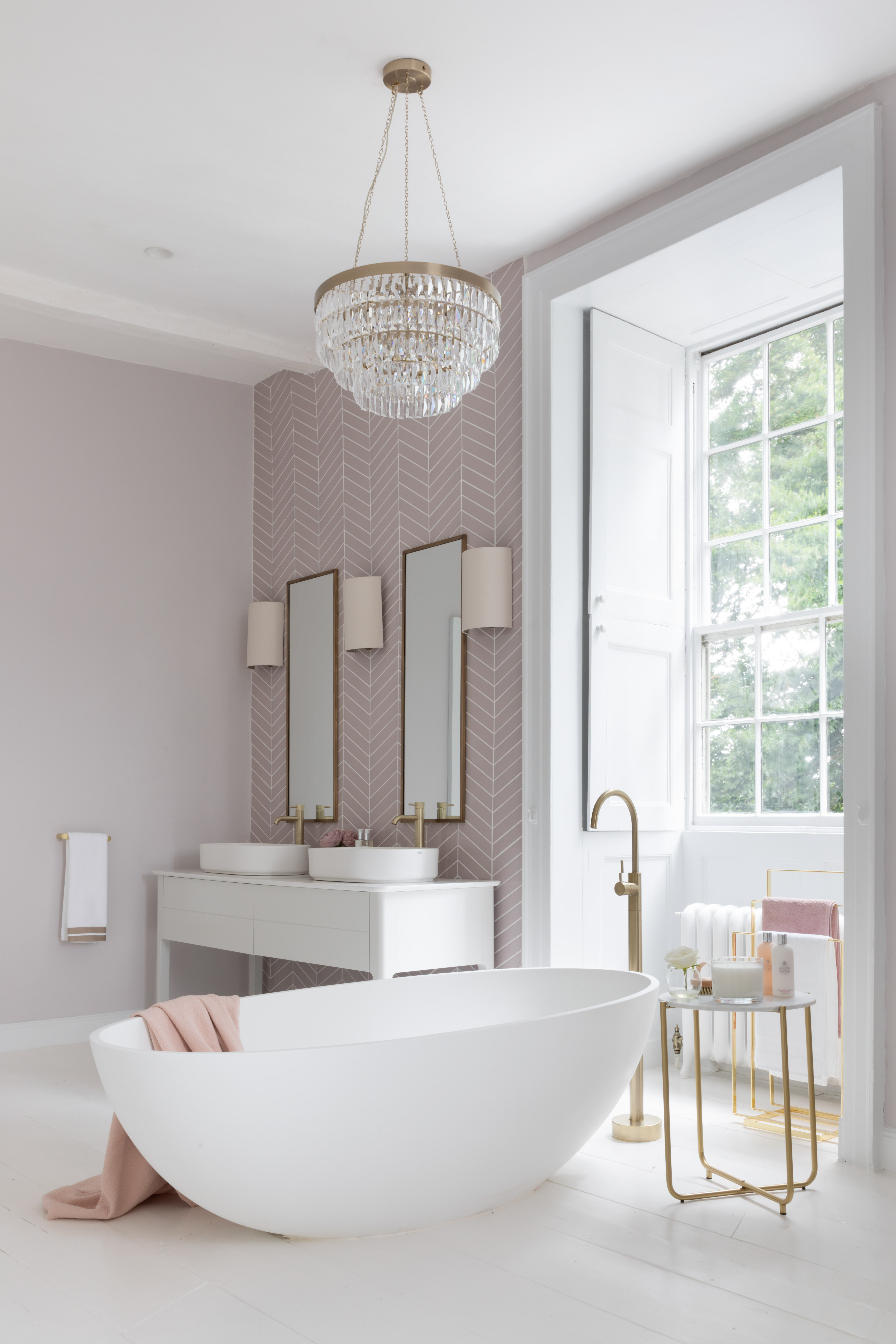 Paul Craig, Interior Photographer, bathroom Photography, London, Residential, bath, shower, basin